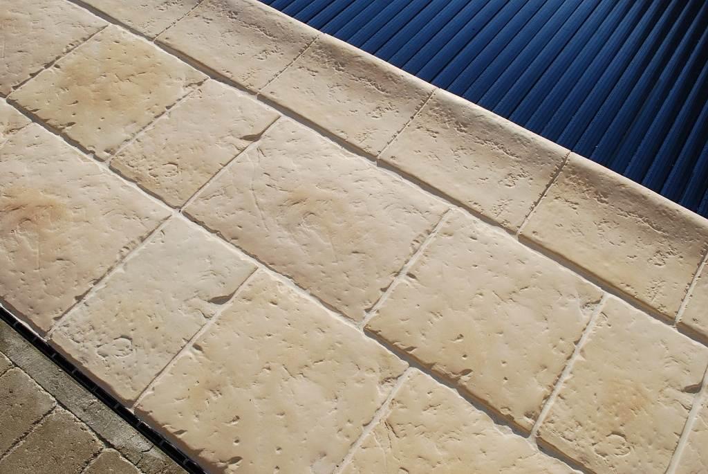 Bazenove lemy Stone Age 30