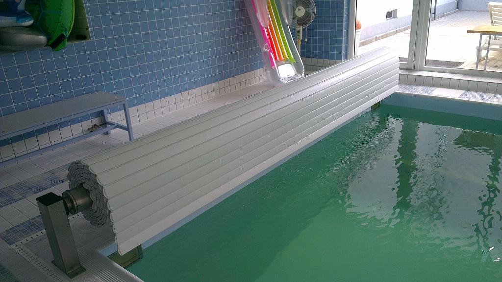Lamelove zakryti bazenu nadhladinove 10