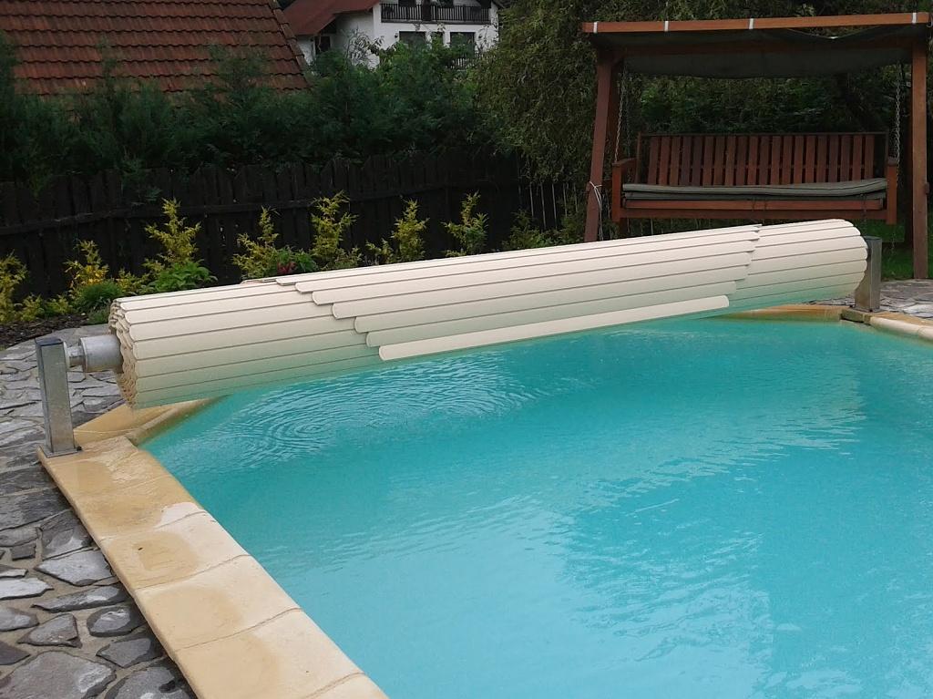Lamelove zakryti bazenu nadhladinove 16